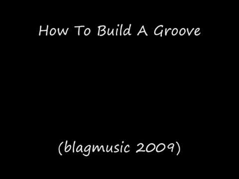 How to Build a Groove - (Auto Accompaniment Approach)