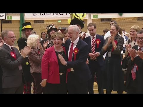 General Election 2017: Jeremy Corbyn high-five goes horribly wrong