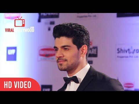 Sooraj Pancholi at FilmFare Awards 2016 | Red Carpet | ViralBollywood