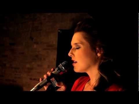 Love on Top - Beyonce (Cover) Amy Whitcomb & Jake Justice