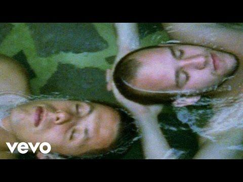 Hausmarke - Turntablerocker (Beweg Deinen Popo) (Videoclip) ft. Max