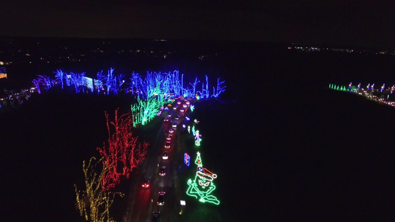 Shady Brook Farm Holiday Light Show 2016 - YouTube