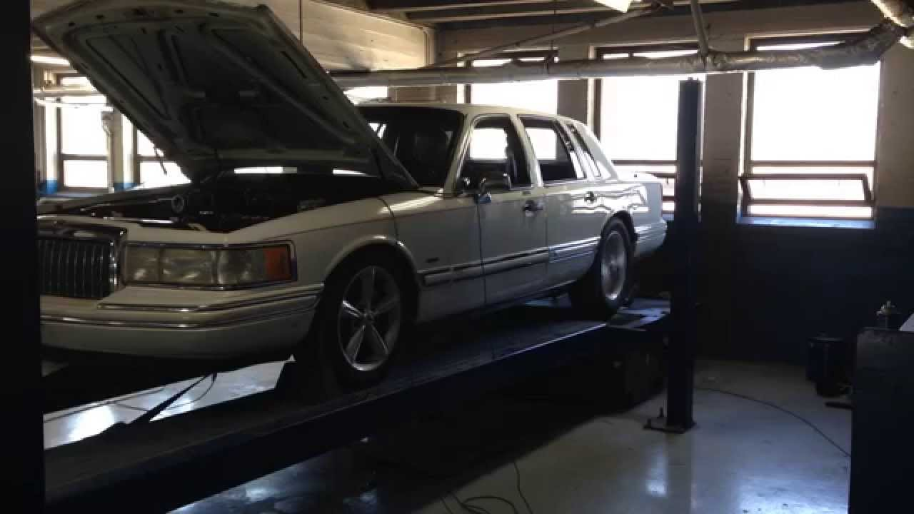 2016 Town Car >> Bangshift Com Best Of 2016 A White 1993 Lincoln Town Car That Is