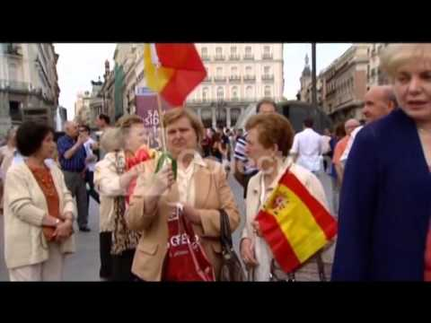 SPAIN: PRO-MONARCHY DEMOS AFTER KING