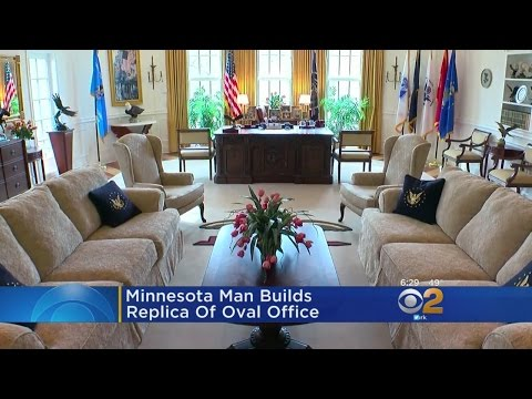 Man Builds Replica Of The Oval Office