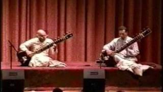 4 Ustad Vilayat Khan & Hidayat Khan Live at the Metropolitan Museum of Art NYC