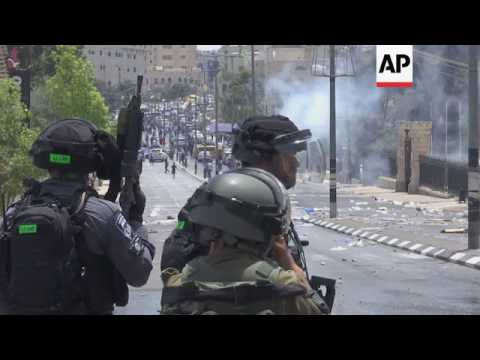 Protesters, police clash in Bethlehem