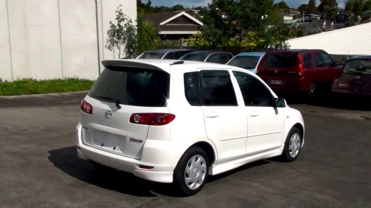 Mazda demio 2004
