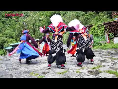 Mönpa Ache Lhamo, a genre of Tibetan opera