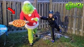 Police Catch The Grinch with Pizza delivery for kids!!