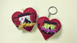 Chaveiro de feltro em formato de coração