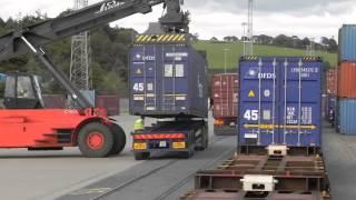 Железнодорожные контейнеры(Показана работа контейнерного терминала. Заказать контейнеры, их хранение и отправку можно тут - http://rts-nn.ru/co..., 2014-09-18T12:33:48.000Z)