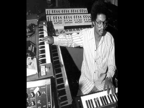Piano maiden voyage piano chords : MAIDEN VOYAGE - HERBIE HANCOCK PIANO JAZZ LECON - YouTube