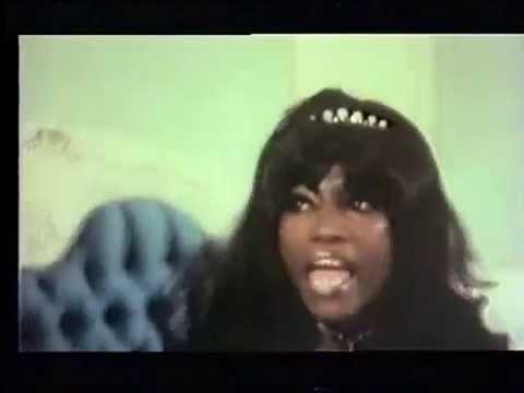 LA CAMA MECÁNICA (Bel Ami, Mac Ahlberg 1976). Comienzo + escena Lucienne Camille/ Harry Reems