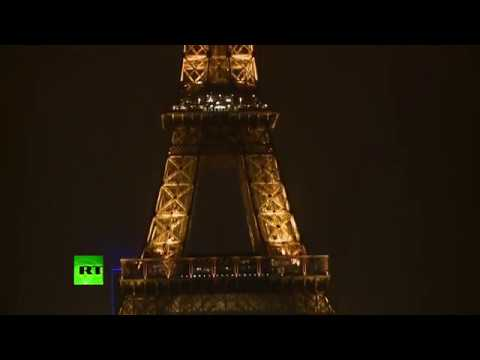 Eiffel Tower goes dark to honor Quebec victims