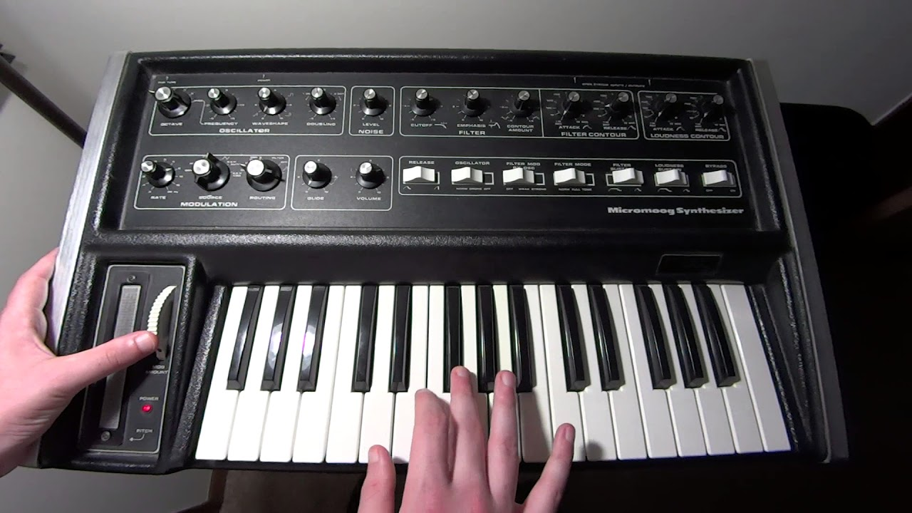 Synth Stuff Ep  17 - Moog Micromoog