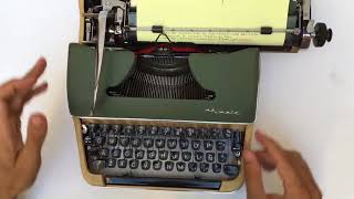 Olympia de Luxe - Portable Typewriter -Vidalandyou