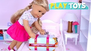 Baby Doll Packing Dresses in Travel Suitcase for Trip with American Gi