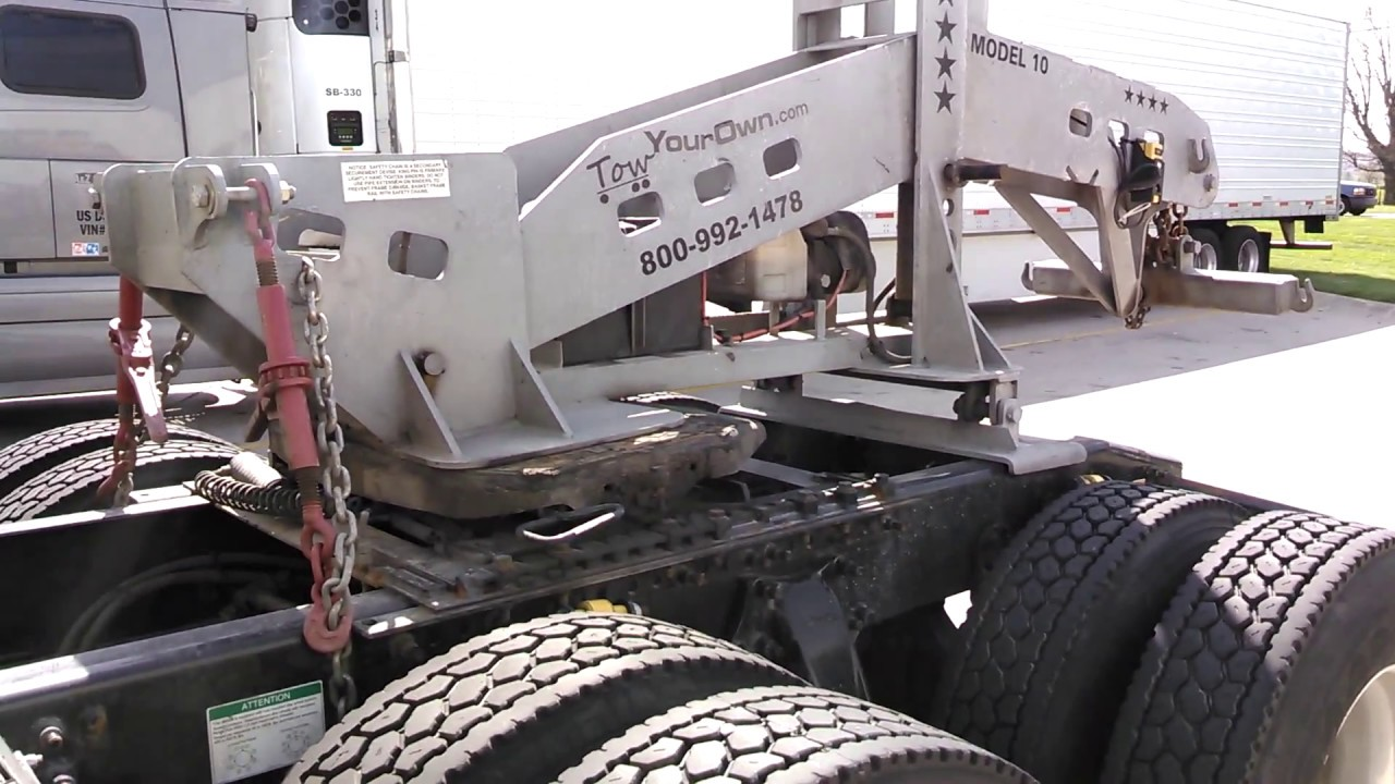 Heavy duty towing hookup