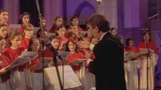 Canto Gregoriano - Glória da Missa de Angelis - MENINAS CANTORAS DE PETRÓPOLIS