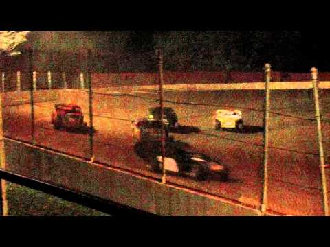 dustin duncan at lake cumberland speedway feature part 2 10-9-11.MOV