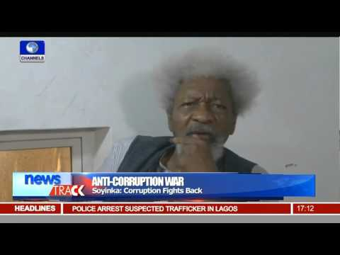 Soyinka Hails FG On Corruption Fight, Says Relenting Not An Option