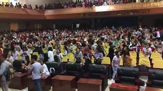 [U23VN REACTION] Thuê Cả Hội Trường Cho Sinh Viên Coi U23 VIỆT NAM và cái kết