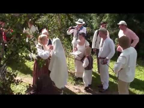Estonian traditional wedding - Ahyoon&Meelis