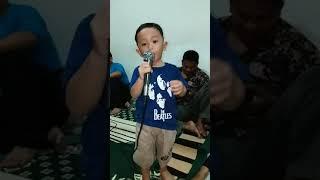 Hans Darel Bernyanyi Mardua Holong part 1