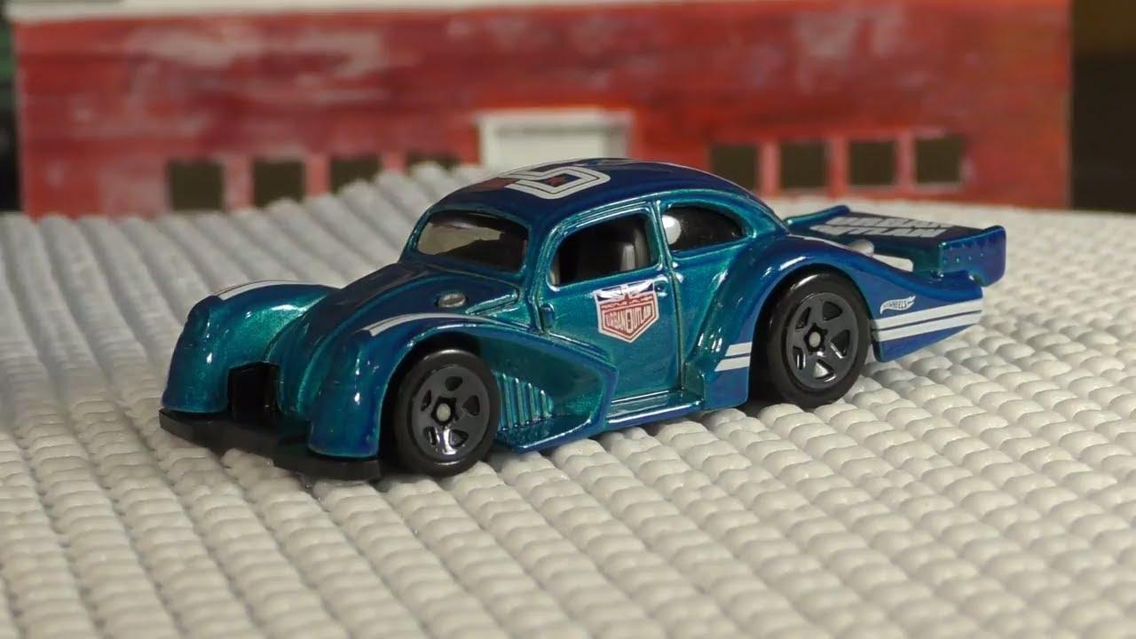beetle walker en goodbaby a red volkswagen