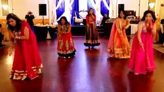 vuclip Prem Ratan, Chittiyaan Kalaiyaan, Gallan Goodiyaan & London Thumakda in Silver anniversary dance