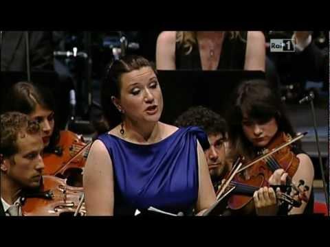 """Ekaterina Gubanova:""""Rhapsodie""""(Rapsodia per contralto,coro maschile e orchestra op.53 ) di J Brahms"""