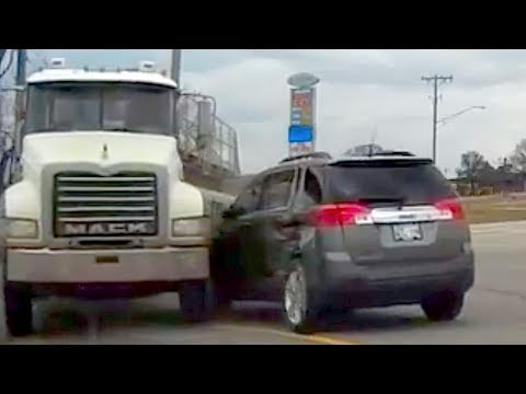 🇺🇸 AMERICAN CAR CRASH / INSTANT KARMA COMPILATION #134