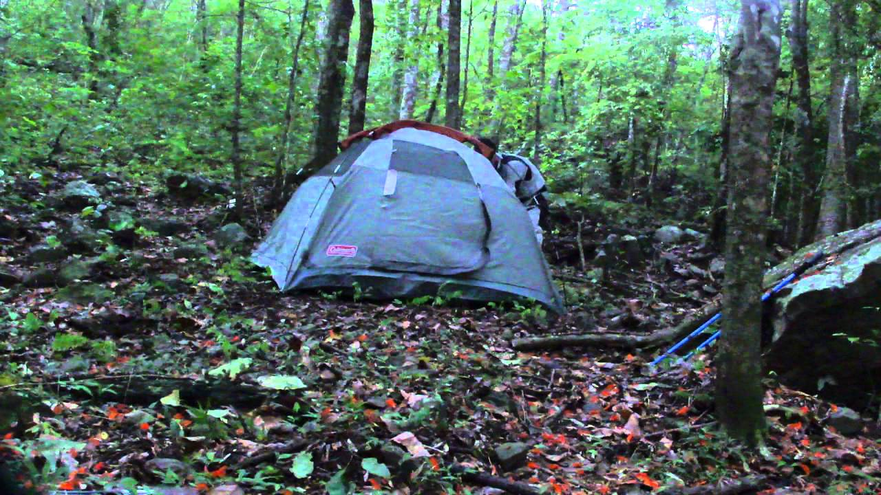 & Carpa Coleman Tent Sundome 2 Bear Grylls Shirt Survivor pant - YouTube