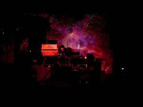 SCOTT NIELSEN Improvisation with Analog Synthesizers featuring visuals by ZeuqsaV
