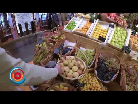 «Москвичи умирают по армянским гранатам»: продавец из ГУМ-а