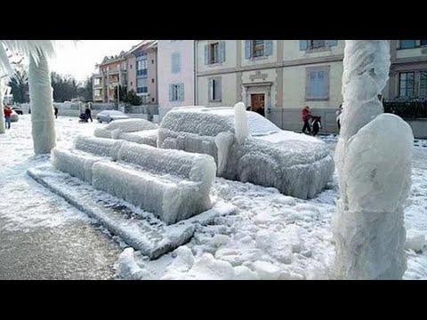 Чудовищный ледяной дождь валил столбы и деревья. Стихия бушует в России