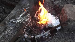 Как горит литий-ионная батарея