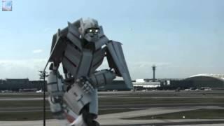 Avión se convierte en robot justo antes de aterrizar, sorprendente HD