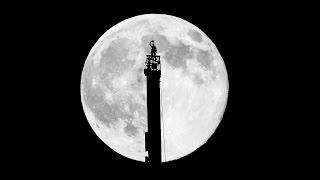 SuperMoon by @Faz3 - Burj Khalifa