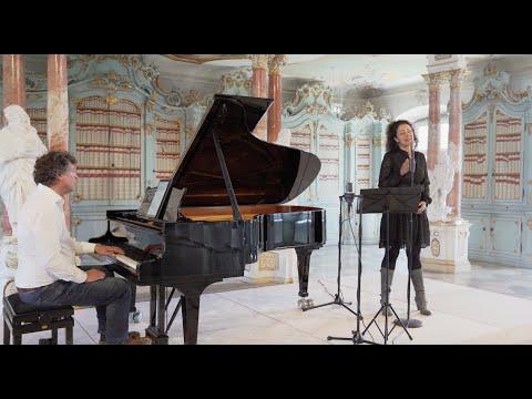 peter-vogel---moonlight---alexandrina-simeon-(vocals)---peter-vogel-(piano)