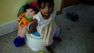 leah potty training Dora.MOV