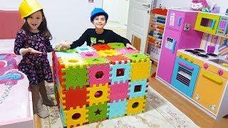Öykü and Cousin play with magic box Hide and Seek - Funny Kids Oyuncak Avı