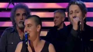 Смотреть клип U2 - The Ballad Of Ronnie Drew