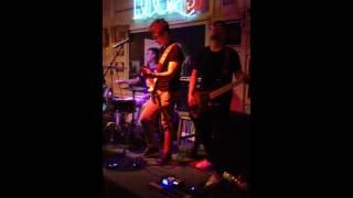 Qua ô cửa thời gian - Xanh chín Band live
