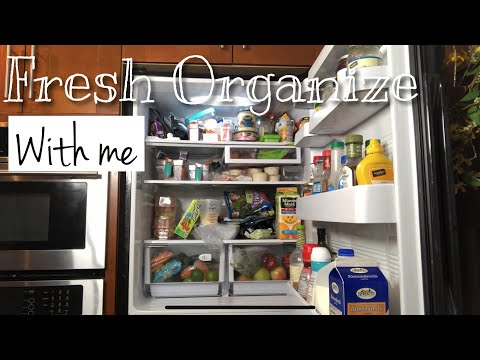 Refrigerator Organizing and Decluttering | Clean with me 🧼 #Organizing #CleanWithMe #Refrigerator