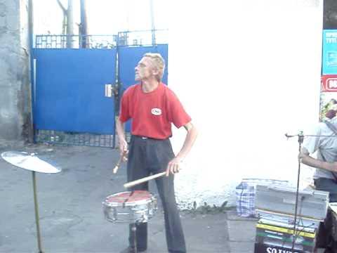 Веселый барабанщик Львова