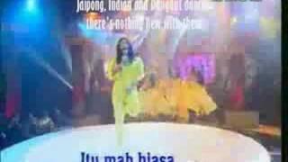 Inul Daratista -Gossip Dance (Goyang Gosip)- English Sub