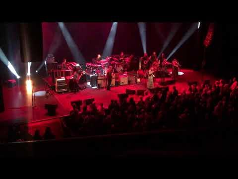 Tedeschi Trucks Band Chicago Theatre January 18, 2020: Shame