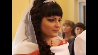 Новоиспеченная семья Ковалевых получила поздравления от серовских депутатов